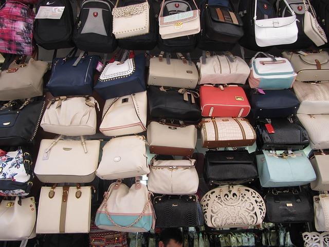 bags-563191_640